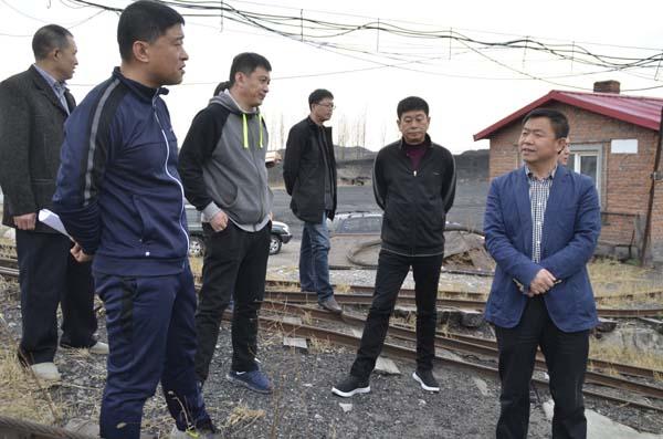 """""""五一""""假期第一天,4月29日下午,县长王景章先后深入哈达镇和兴农镇"""